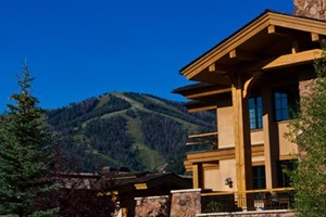 "Thunder Spring Luxury ""Condo-Home"" Rentals"