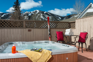 Tamarack Lodge | Winter Ski Packages