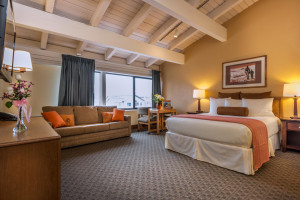 Tamarack Lodge | Save 25% now thru October 27