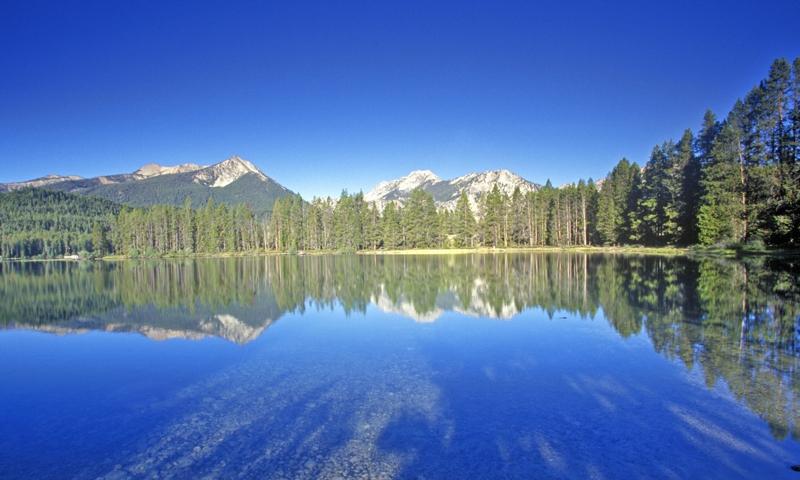 Petit Lake Sawtooths Idaho