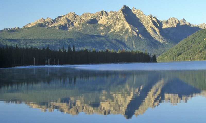 All Seasons Rv >> Sawtooth Mountains: Pettit Lake - AllTrips